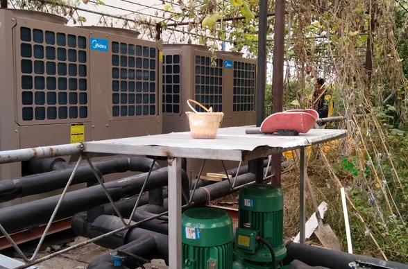 北京燕化中天电控公司美的风冷模块机组安装案例
